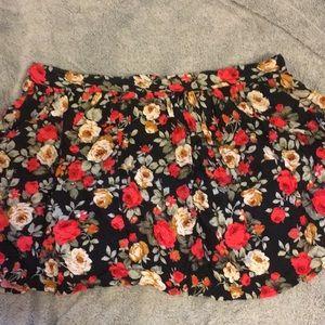 Black floral stretch skirt